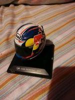Capacetes de pilotos da MotoGP foto 1