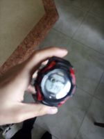 relógio à prova de água e da Luz brilha no escuro foto 1