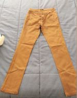 Calças  de cor amarelo torrado foto 1