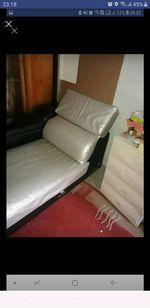 sofá preto e cinza foto 1