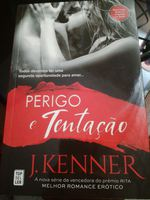 Livro  perigo e tentação de J.kenner foto 1