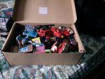 Vendo uma caixa de brinquedos foto 1