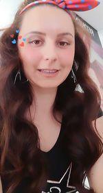 Faco cabelo ao domicilio, tudo que tem a ver com cabelos(madeixas, coloracao, mudanca de visual,cortes homem, mulher, criancas,alisamento,permanent)a precos acesiveis foto 1