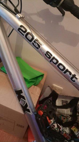 Bicicleta KX aluminio 205 Sport foto 1