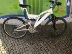 Bicicleta Branca foto 1