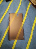 Capa de proteção Sony experia z1 Bom estado foto 1