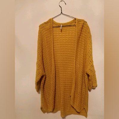 Casaco amarelo comprido de malha; tamanho S. foto 1