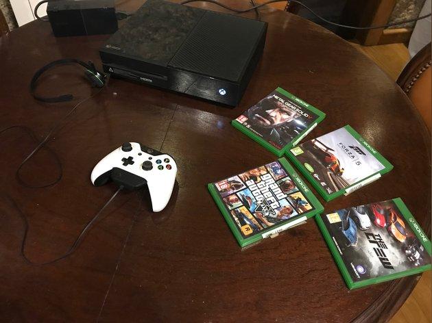 Troco Xbox one por cão foto 1