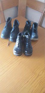 Vendo 3 parea botas de menino novas número 28 foto 1