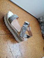 Vendo sandálias super confortáveis foto 1