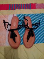 Vendo estas sandálias foto 1