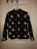 Blusa com Flores cosidas foto 1