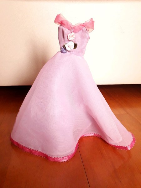 Vestido para bonecas/Barbie foto 1