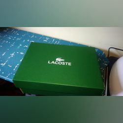 Vendo sapatilhas Lacoste, NOVAS, e GENUINAS foto 1