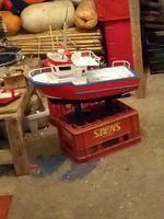 Barcos com luzes motor a funcionar e pintado....farei igual ou como desejar o barco  será escolhido oao seu critério! 935987722 foto 1