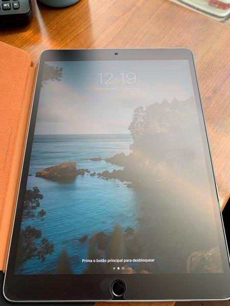 iPad 10.5 WI-FI 64gb foto 1