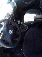 Vendo carro para peças completo só tem a cabeça raxada e não tem inspeção ainda a baixo um pouco foto 1