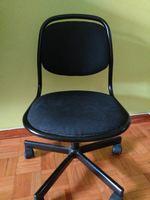 Vendo cadeira giratória com suspensão elevatória foto 1
