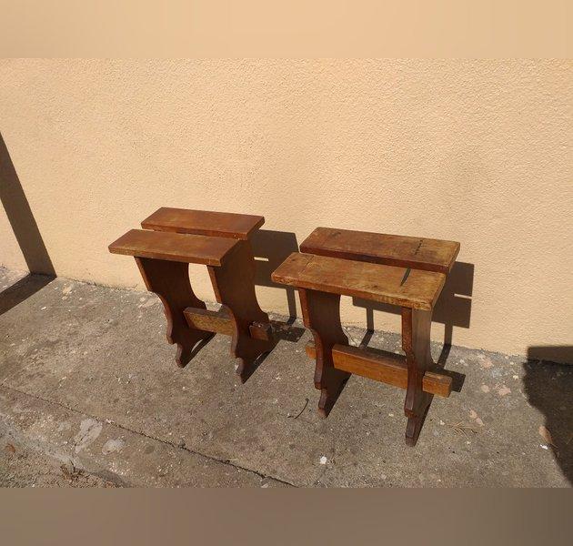 Bancos de madeira maciça para restauro. foto 1