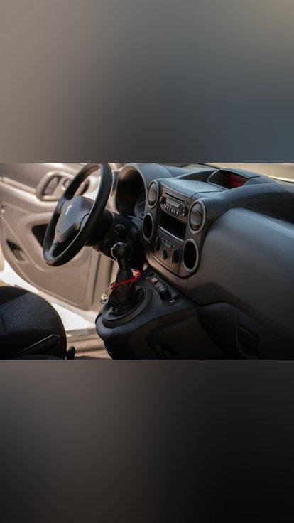 Peugeot Partner 1600 HDI - 90 CV foto 1