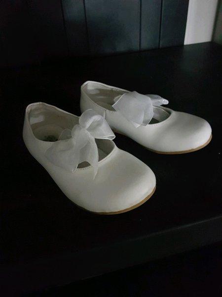 Sapatos cerimônia menina usado 1 vez foto 1