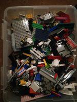 Caixa de legos com muitas peças!! foto 1