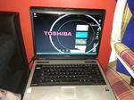 Portatil Toshiba foto 1