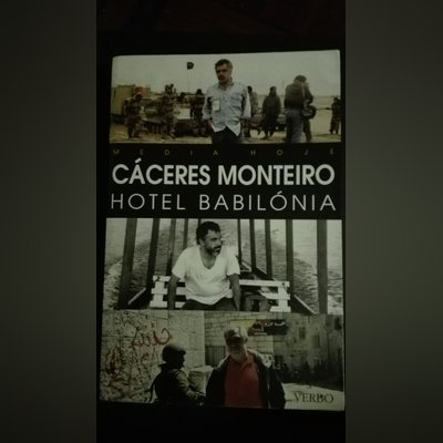 "Livro ""Hotel Babilónia"""