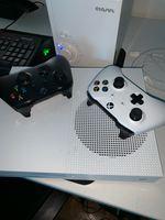 Xbox one S 1tb com fifa 19   2 comandos originais foto 1