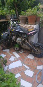 Está mota precisa de um pedal das mudanças foto 1