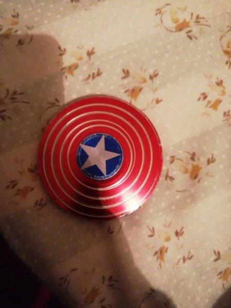 Hand spinner do capitão América foto 1
