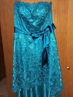 Vestido rendado para cerimonia com charpe foto 1
