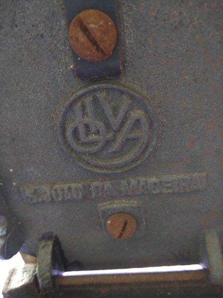 Ferro antigo foto 1