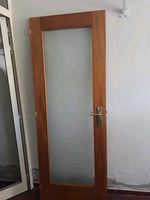 porta de VIDRO e madeira foto 1