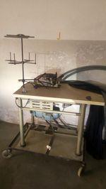 Maquina costura corte e cose foto 1