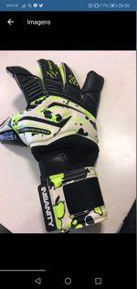 Vendo luvas de guarda redes insanity gloves foto 1