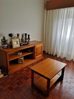 Conjunto de aparador e mesa de centro foto 1