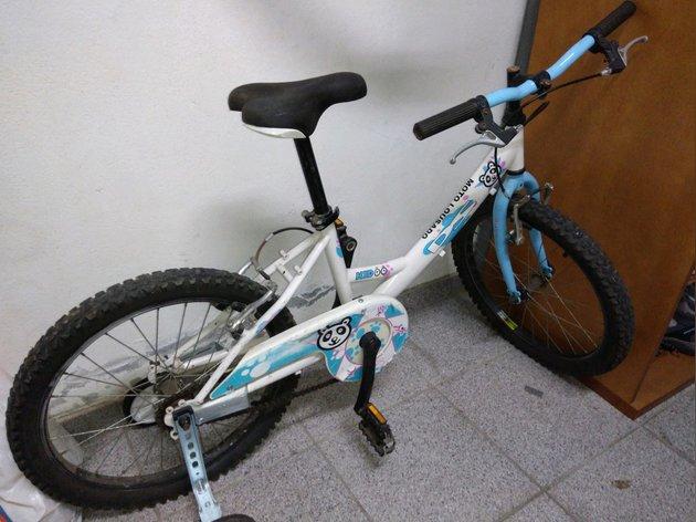 Bicicleta de menina em muito bom estado foto 1
