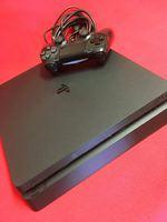 - Sony Playstation 4 Slim foto 1