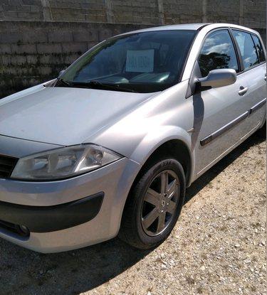 Vendo Renault Megane 1.5 D foto 1