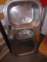 Lava loica com torneira foto 1
