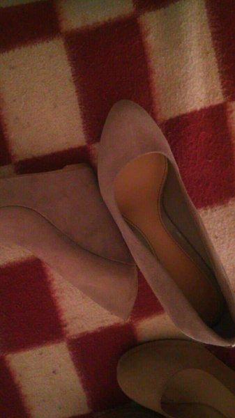 Vendo sapatos como novos, 10€ cada foto 1