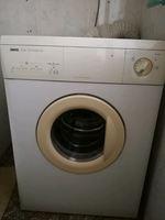 Máquina de secar roupa Zanussi dual temperature foto 1