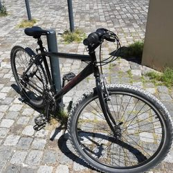Bicicleta semi nova 6 marchas foto 1