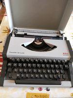 Vendo máquina de escrever foto 1