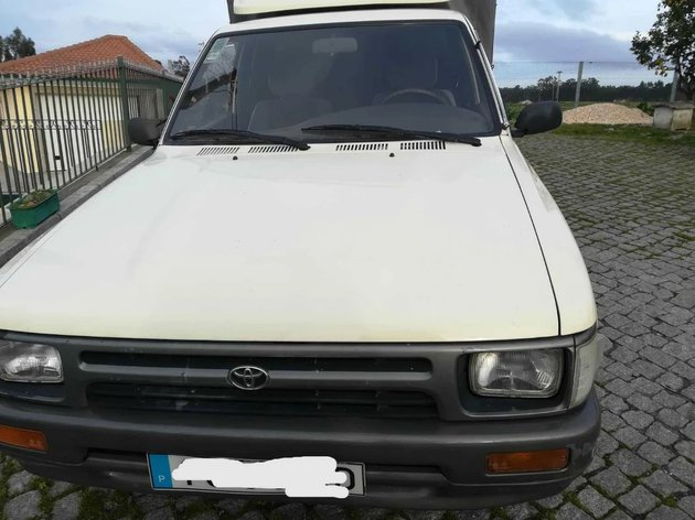 Toyota Hilux Xcab foto 1