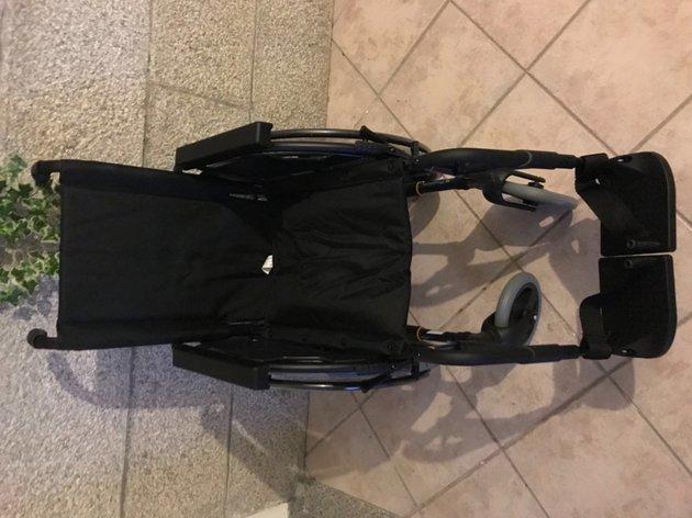 Cadeira de rodas 38cm foto 1