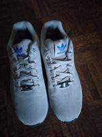 Sapatos marca adidas foto 1