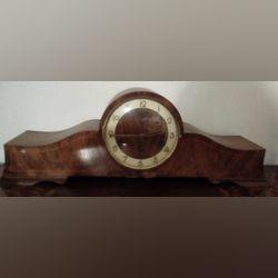 Relógio de mesa antigo foto 1