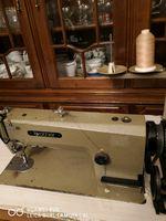 Máquina de costura industrial foto 1